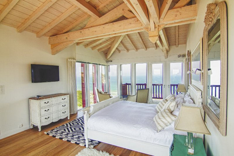 Bidart Villa Sleeps 12 with Pool - 5049702, alquiler vacacional en Bidart