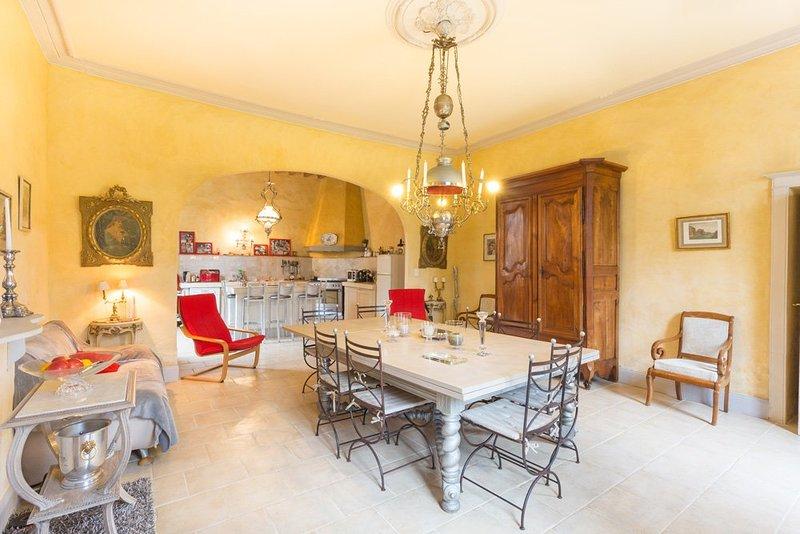 Mezin Villa Sleeps 10 with Pool - 5049666, holiday rental in Mezin