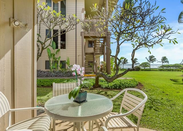 Kaha Lani #115, Ocean View, Steps to Beach, Remodeled Kitchen, King Bed, Wifi, vacation rental in Lihue