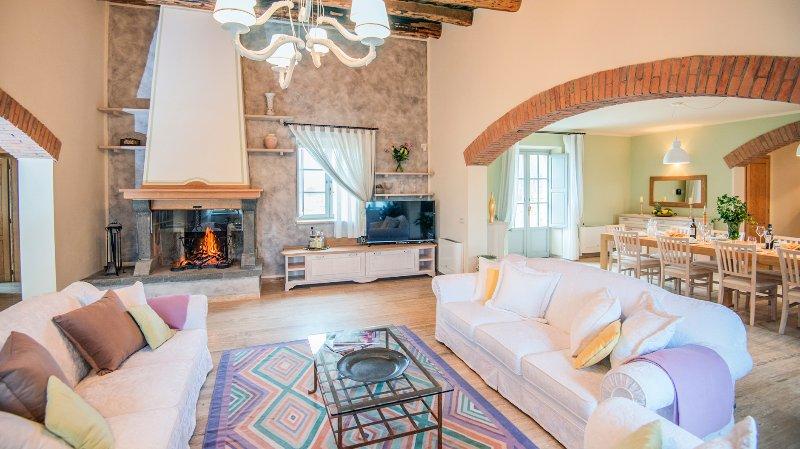 Trevinano Villa Sleeps 9 with Pool - 5049104, vacation rental in Acquapendente