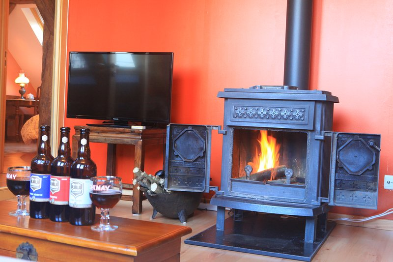 Enjoy a real Chimay around the fire ...
