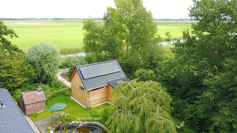 Los paneles solares proporcionan energía