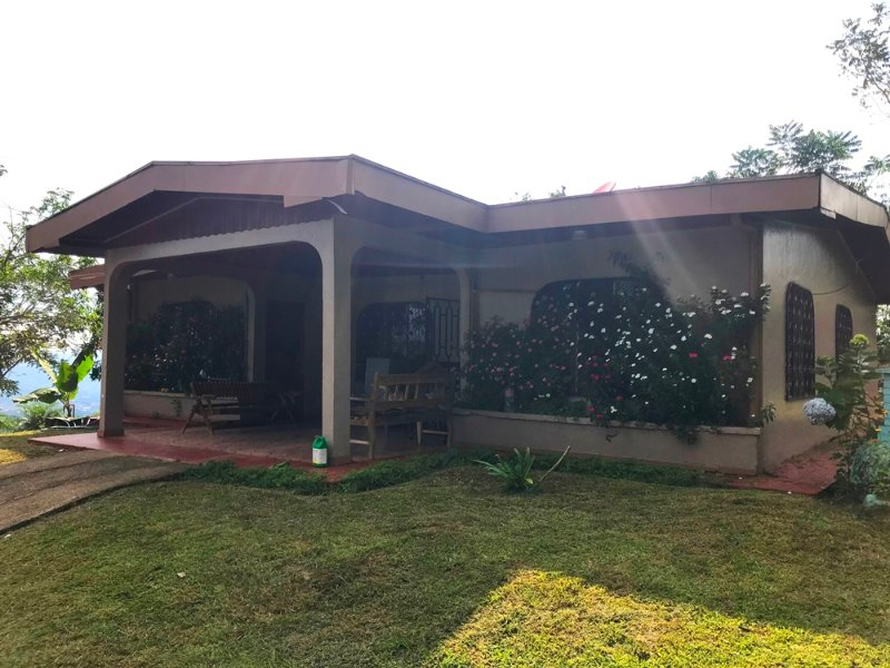 Mountain House, vacation rental in San Isidro del General District