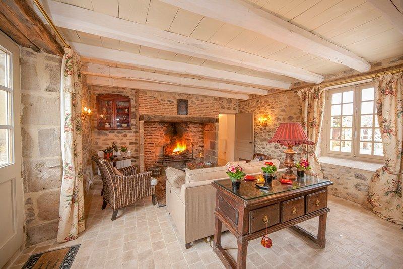 Nonards Villa Sleeps 4 - 5049608, holiday rental in Le Pescher