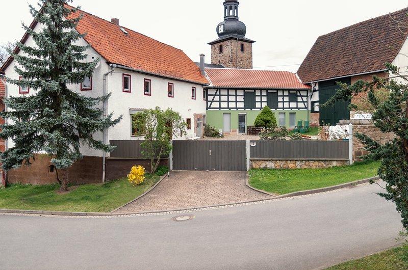 Elvi's Ferienhof - Großzügiges Ferienhaus im Thüringer Wald nahe Rudolstadt, vacation rental in Stadtroda