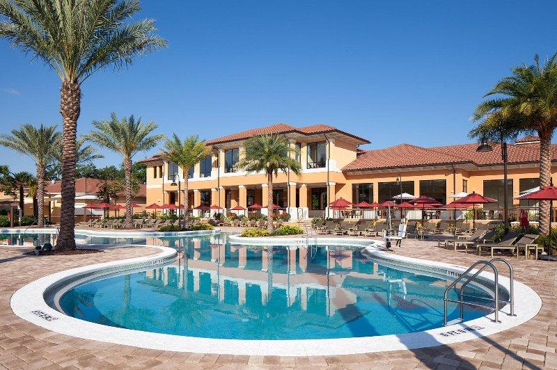 Regal Oaks Área de la piscina