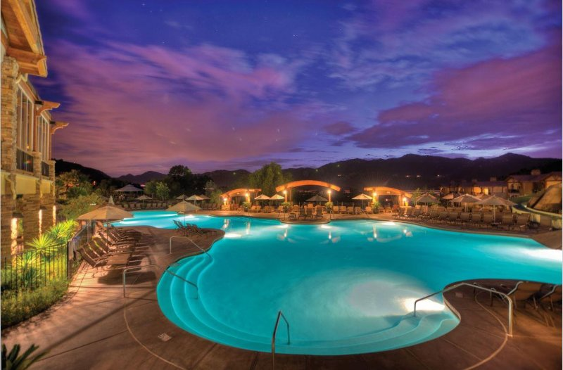 Ver Welk Resort Villas Associação da noite