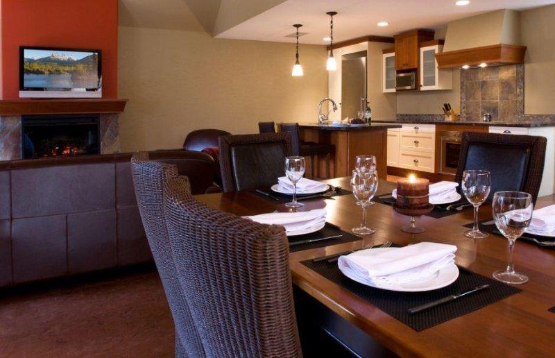 Solara Resort and Spa Dining Table