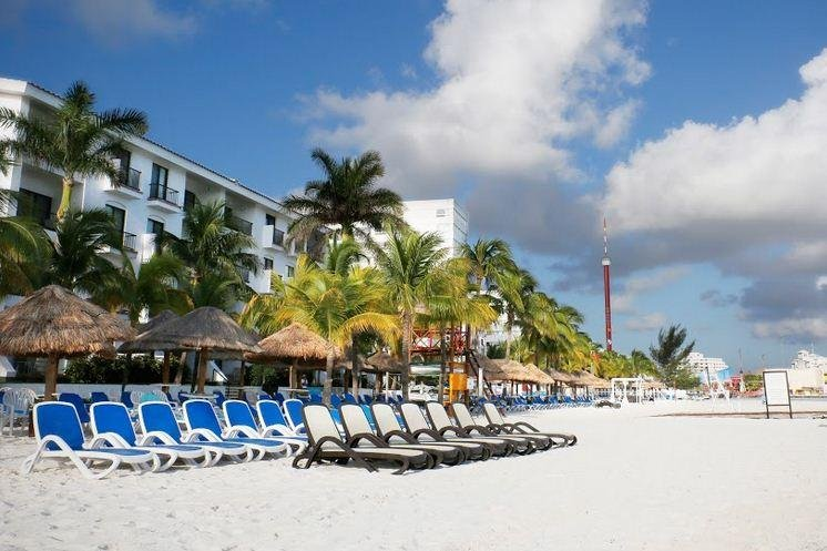 O Estar Side Royal Cancun