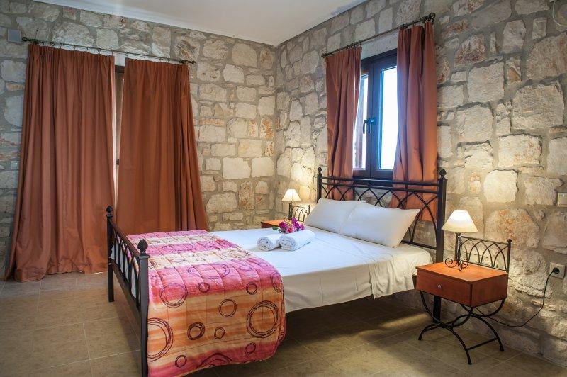 Meltemi GF 1 Bedroom Apartment - Lower Floor, holiday rental in Vasilikos