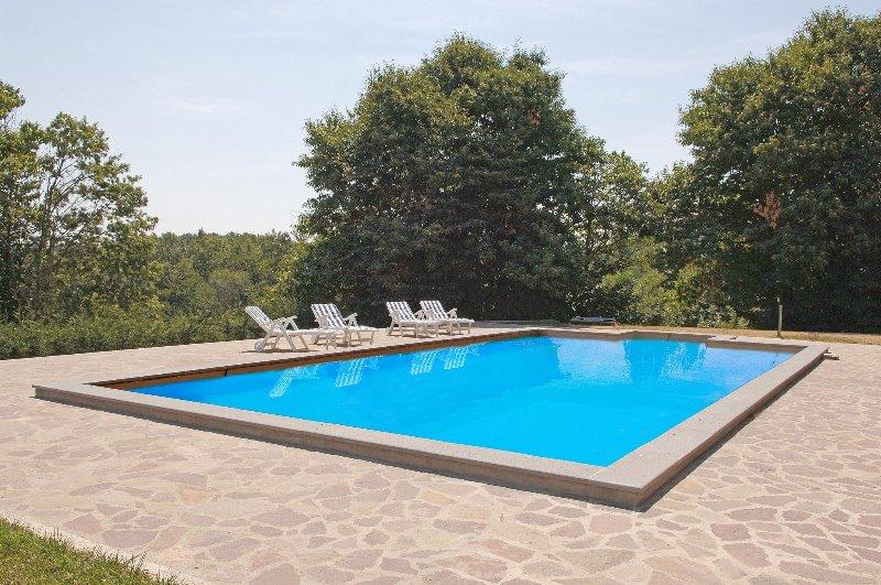Osteria di Biagio Villa Sleeps 9 with Pool and Free WiFi - 5241793, holiday rental in Torre San Severo