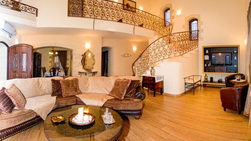 Ptinotrofion Villa Sleeps 11 with Pool and Air Con - 5217986, alquiler vacacional en Kontomari
