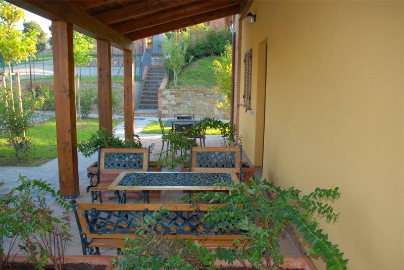 Country house: Agilla e trasimeno - Appartamento 2 camere matrimoniali 2 bagni, holiday rental in Paciano