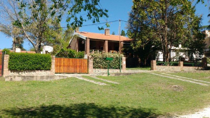 Casa en La Bolsa, lugar con encanto, barrio privado. La Serranita., holiday rental in Alta Gracia