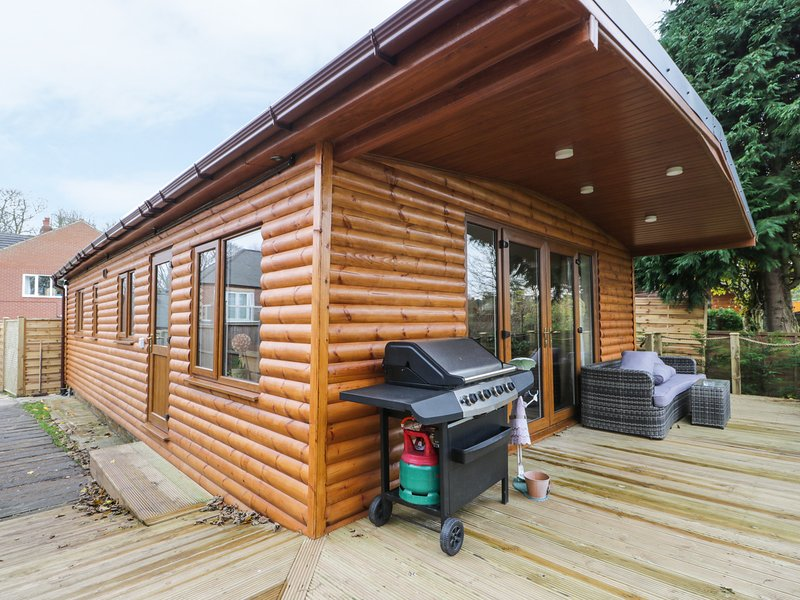 13 SHEEPRAKE LANE LODGE, WIFI, open plan, decking with BBQ, Ref 930957, location de vacances à Sewerby