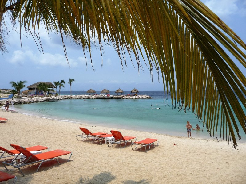 Blue Bay Beach Villa Curacao Pool & Great View, vacation rental in Dorp Sint Michiel