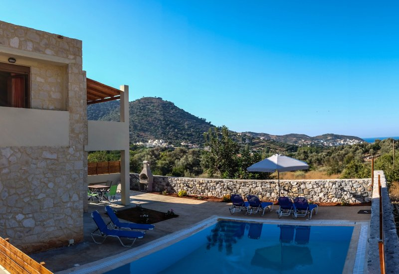 Ruby Uphoria villa with private 46 sqm pool, holiday rental in Axos