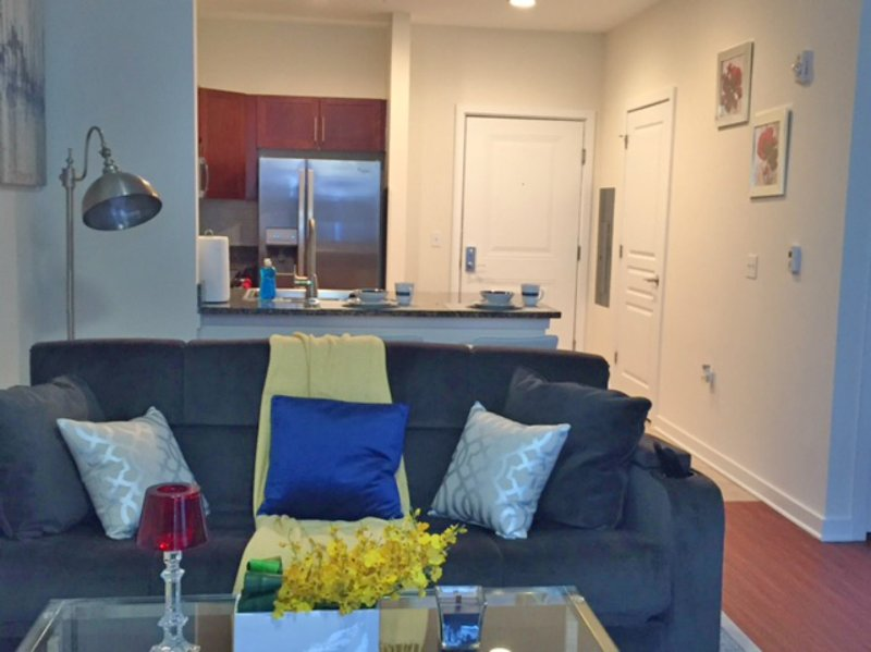 Montclair | Stylish Space | Close 2 NYC, holiday rental in Glen Rock