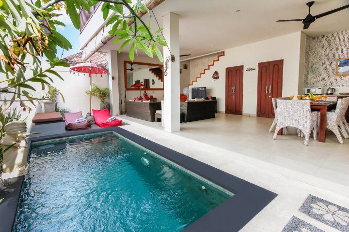 aroha-boutique-villas-seminyak-high-resolution-01_L-7ac77519-8aad-4afe-8c99-2ea8e31a0c03.jpg