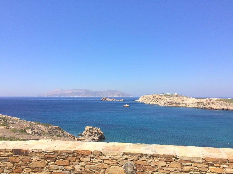 Villa Ios Blue, luxurious, waterfront, sunsets, holiday rental in Milopotas