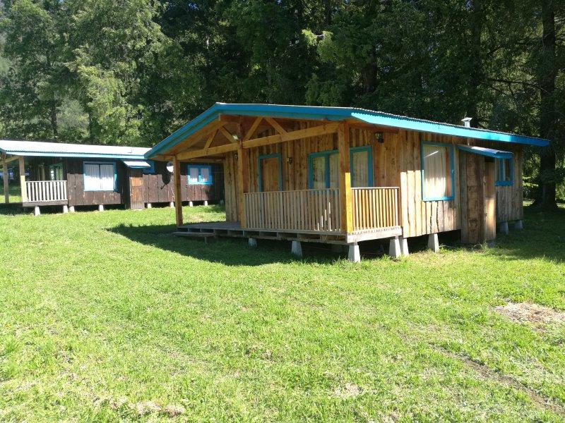 Cabaña Grande Nueva Pucon / Camino a Termas Huife, alquiler vacacional en Pucón