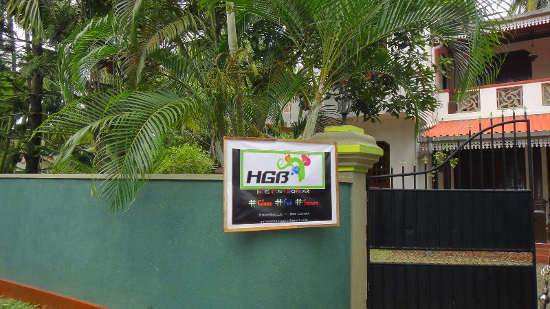 (HGB) Hostel Gecko's Backpackers, holiday rental in Ahungalla