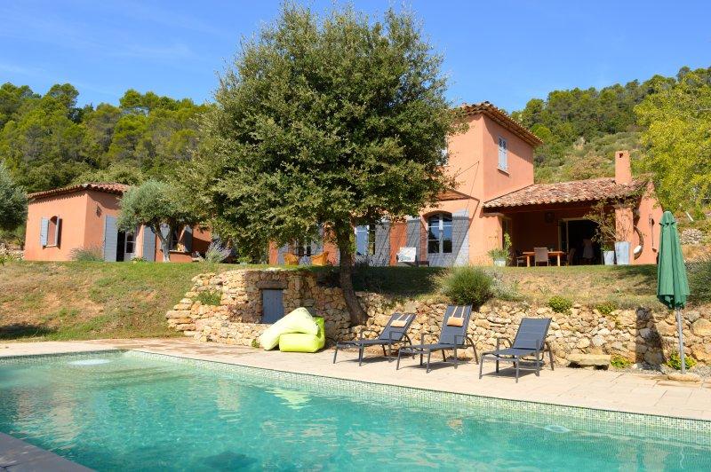Wellness in a comfortable villa in Provence Verte walking distance to Cotignac, location de vacances à Correns