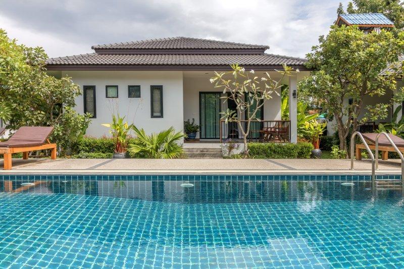 New 2 Bedroom & Pool near Beach, alquiler de vacaciones en Lamai Beach