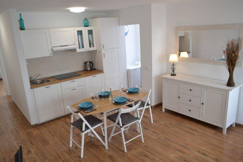 Perfecto para familias en Playa Honda. Lanzarote, holiday rental in Playa Honda