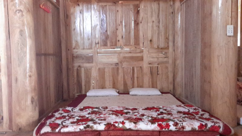 Ly Ta Dhan Homestay (Double Room 1), vacation rental in Ha Giang Province