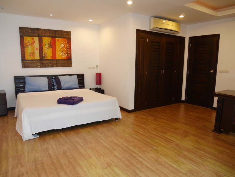 1-Bedroom Penthouse & Terrace (Lamai Beach), vacation rental in Lamai Beach