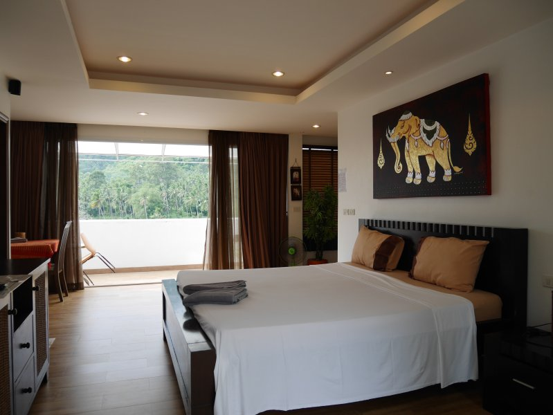 Superior Holiday Studio C33 Balcony (Lamai Beach), vacation rental in Lamai Beach