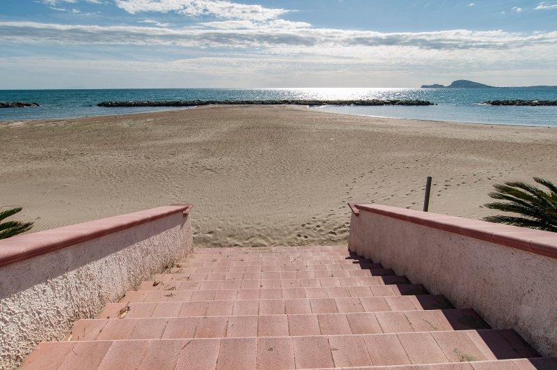 l'accès à l'échelle de la plage