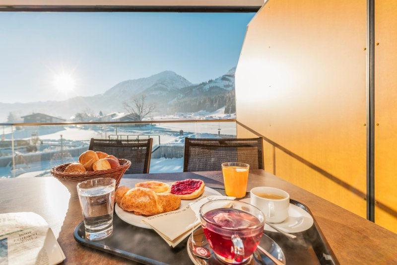 Breakfast on the winter terrace.