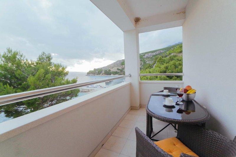 VILLA CARICA APARTMENT 6(4+2), holiday rental in Mimice