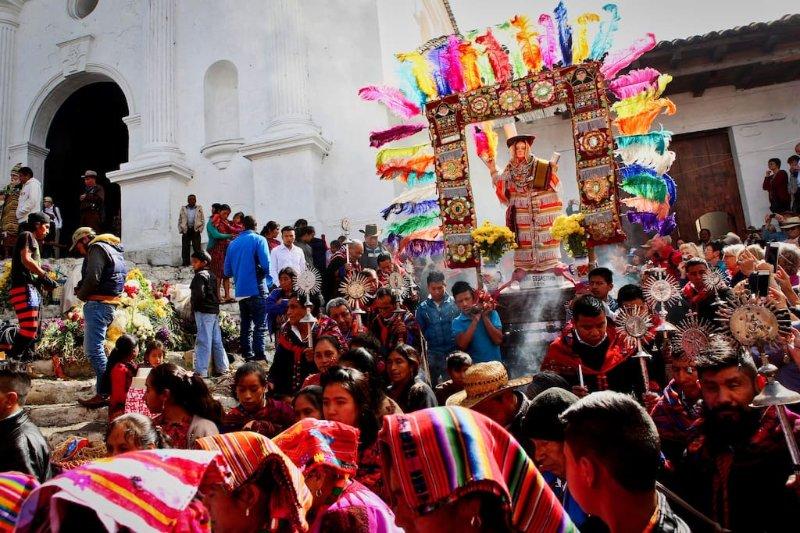 Durante su estancia tomar los tiempos a la cabeza a Chichicastenango un viaje de un día easely para establecer