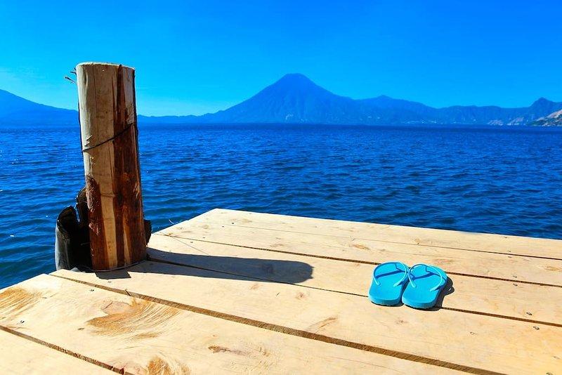 Si te gusta la natación es un gran lago para que la temperatura del agua alrededor de 22 ° C durante todo el año