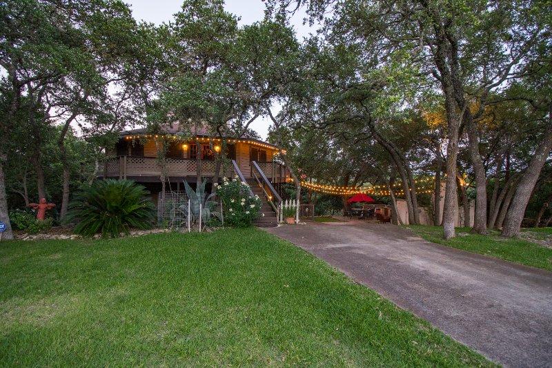 Octogone en forme de maison avec oasis en plein air
