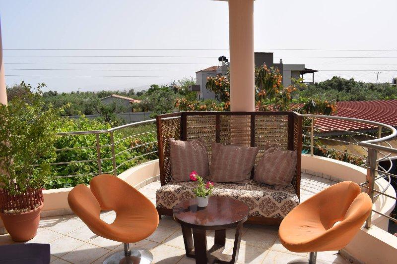 Ilias Villa In Chania, holiday rental in Perivolia