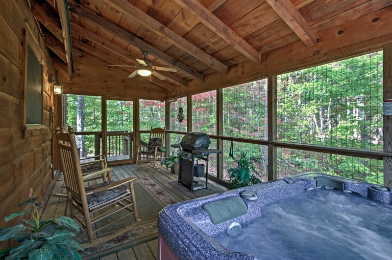 With multiple outdoor gathering areas, top-notch amenities and a hot tub - you couldn't ask for more!