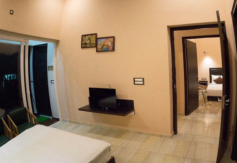 LaTigre Resort, Jim Corbett, holiday rental in Teda
