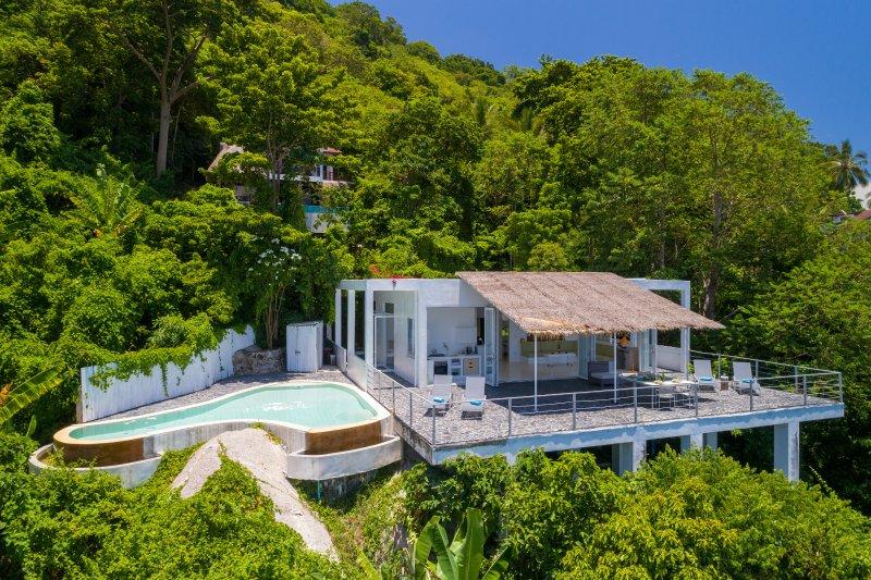 Villa Ana - view on Nang Yuan islands, private pool, large sun deck, aluguéis de temporada em Koh Tao
