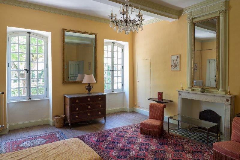 Slaapkamer 2 -1ste verdieping-: 2 aparte bedden (of een kingsize bed)