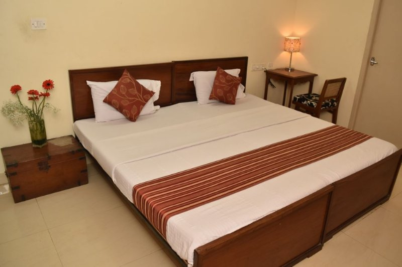 Happy Planet Deluxe Room 4, holiday rental in Chennai (Madras)