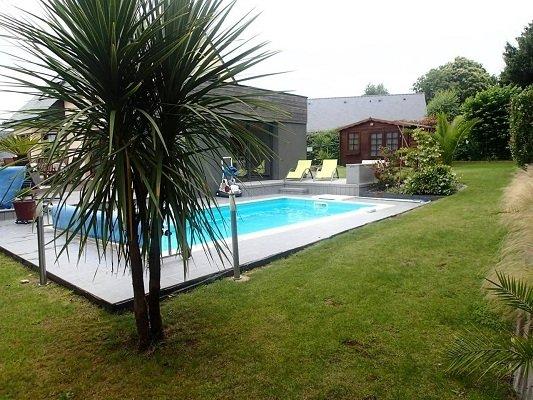 Redene Villa Sleeps 12 with Pool and WiFi - 5822344, location de vacances à Plouay