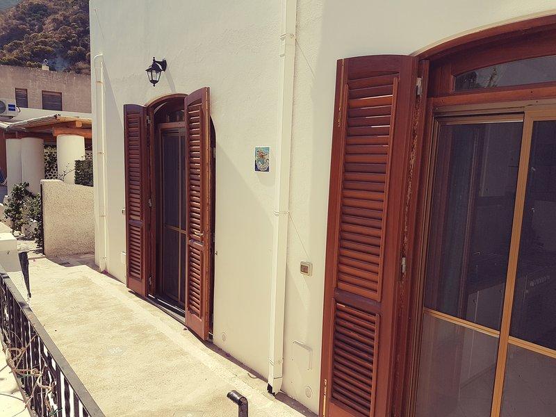 porte-windowed access