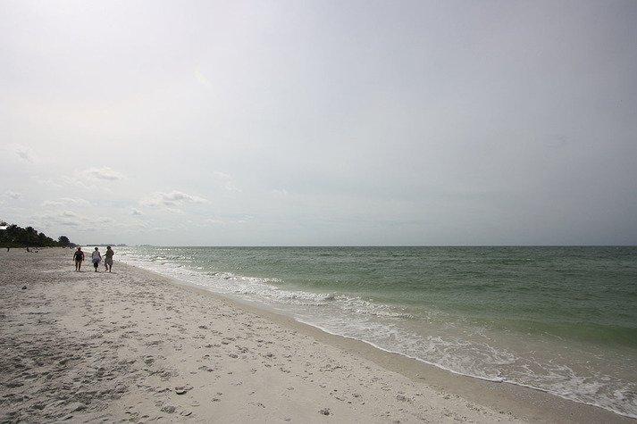 Private beach access at Bonita Beach