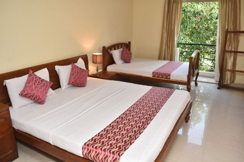 Happy Planet Executive  Room 1, holiday rental in Kanathur