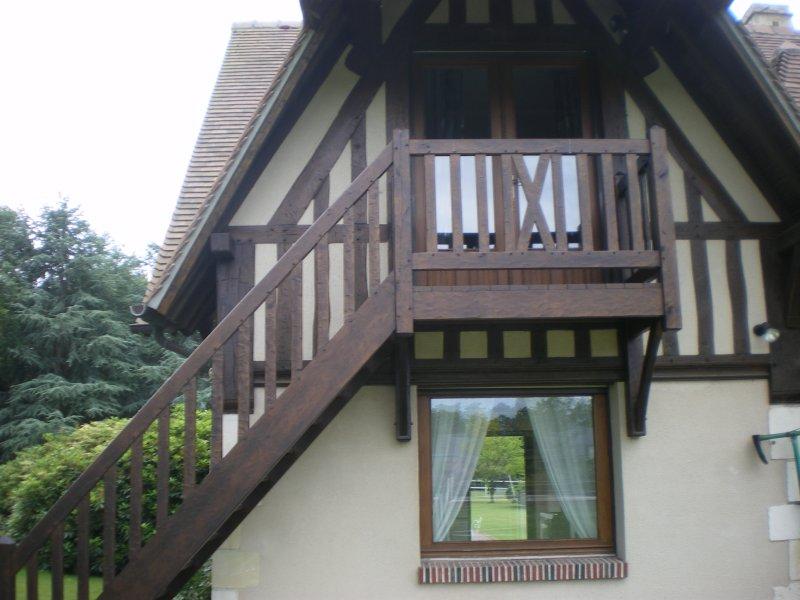 Chambre d'hôtes les Hibiscus, Ferienwohnung in Gonneville-sur-Honfleur