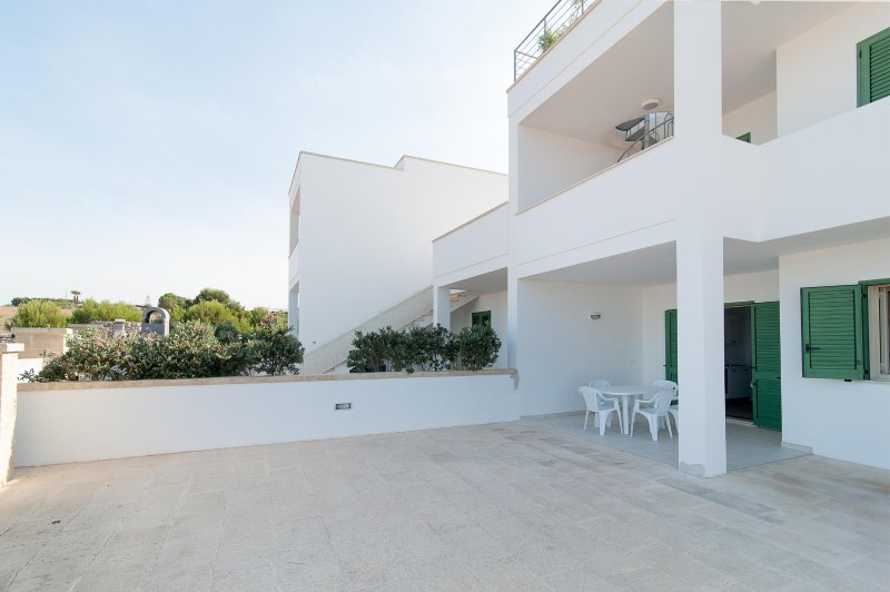 Beach Apartment In Salento, holiday rental in Pescoluse
